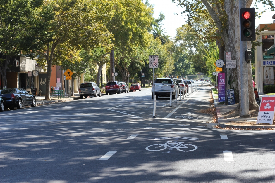 J Street, Sacramento parking protected bike lane